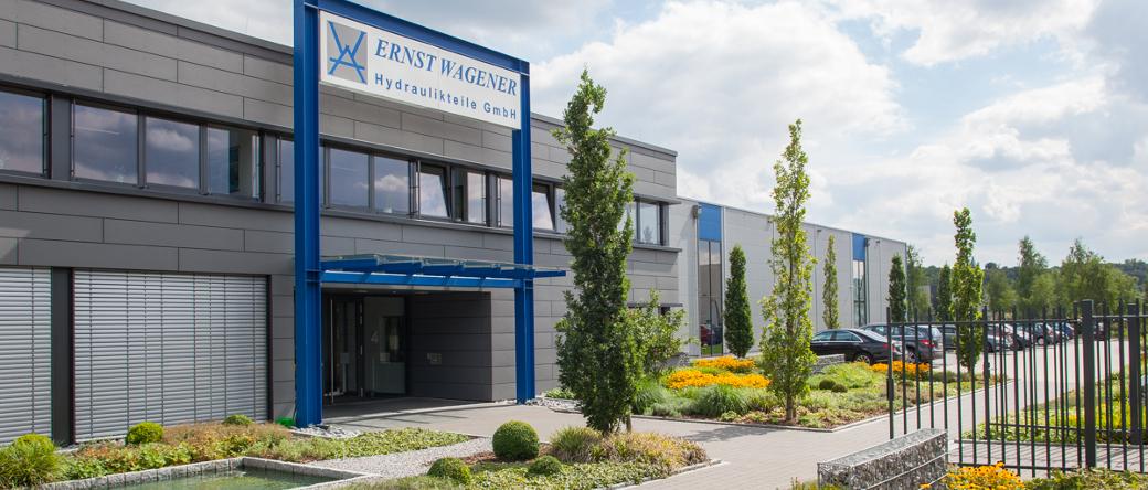 Firmengebäude des Hydraulikexperten Ernst Wagener Hydraulikteile GmbH im Gewerbepark Henrichshütte in Hattingen
