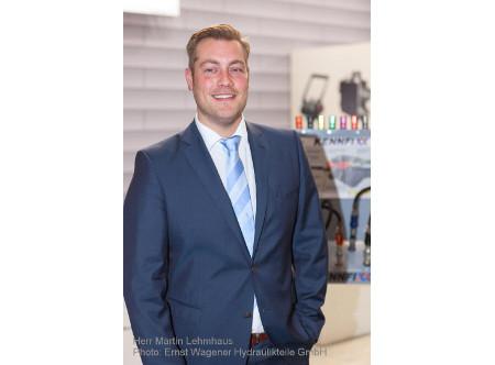 Martin Lehmhaus übernimmt Leitung des Vertriebs- und Kundenmanagements bei der Ernst Wagener Hydraulikteile GmbH.